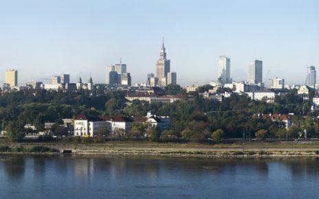 Panorama Warszawy przez Wisłę
